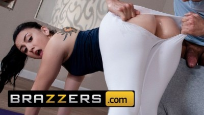 Brazzers - PAWG Adorable YOGA Teen Mandy Muse Loves Anal