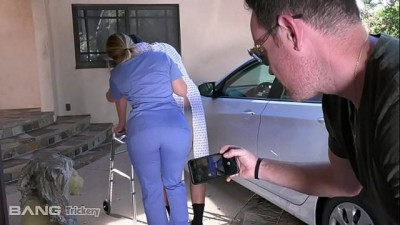 Trickery - PAWG Beauty Nurse AJ Applegate has Sex on the Job
