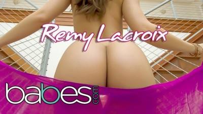 Small Tit Bubble Butt Babe Remy Lacroix Rides her Boyfriends Big Cock