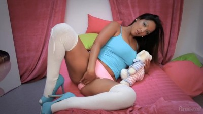 Cute Girl Comforted Herself In The Pink Room
