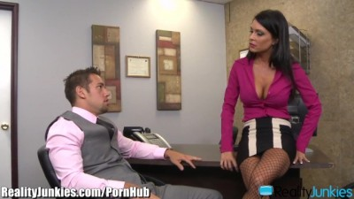 RealityJunkies Brunette MILF Jessica Jaymes Fucks well Hung Employee