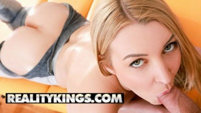 Reality Kings - Flexible Sexy Blonde Amaris gets her Legggings Ripped