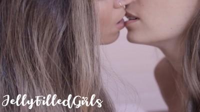 Sensual Lesbian Kissing, Fingering & Pussy Licking 4K