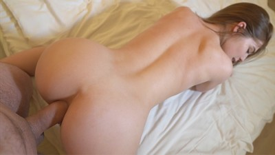 Young Sexy Slut who Seduces her Roommate is so Cute.. She wants ANAL!