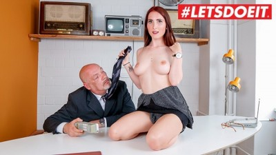 BumsBuero - German Beauty Secretary Fucked Hard by Boss #LETSDOEIT