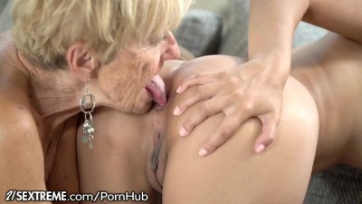 21Sextreme - Lesbian Granny And Horny Granddaughter