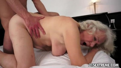 21Sextreme - Granny Grandson Hot Sex