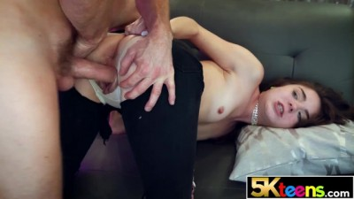5KTEENS Beauty Nympho Megan Marx Hardcore Fucks in Ripped Jeans