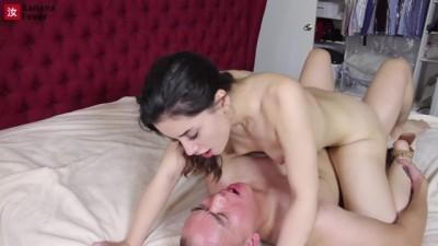 USA Pervert Asian Fucks Latina Sexy Gamer Babe - BananaFever