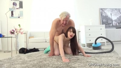 Old goes Young - Crispy Teen Luna Rival Gets Fucked while she Vacuums the Rug