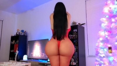 Thick HOT Babe wants Samta Claus' Cock - Crystal Lust