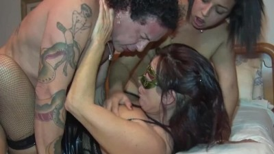 Amateur Orgy with Russian and Italian Cumshots