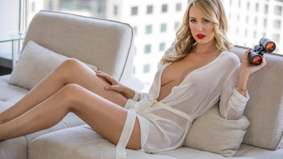 Brett Rossi's FIRST EXCLUSIVE AMAZİNG Anal! 1080P