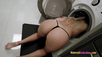 Fucking my Curvy Hot Step Mom while she is Stuck in the Dryer - Nikki Brooks