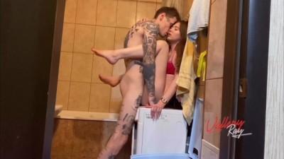 Amateur Beauty Slut is in the Neighbor's Bathroom Fuck - Vailery_Ray