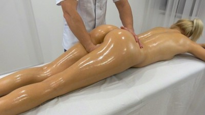 Massage Therapist so hard fuck blonde babe