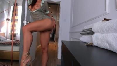 Sexy Stripper Girl Loves my Cock