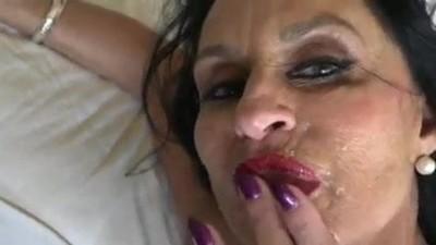 Hottie Big Mature Loves Rough Sex & Cum in Mount