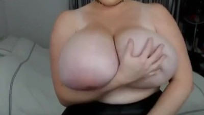 Huge Boobs Show