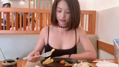 Sexy Asian Mılf Girl Flashing Butt Plug and Quick Pee at a Restaurant
