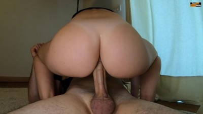 INCREDIBLE PAWG LOVES RIDING COCK