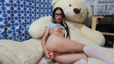 Sweet camgirl playing dildo - MaryVincXXX
