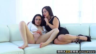 Hot And Mean - Gabriella Paltrova & Lea Lexis - Fun for girls