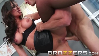 BRAZZERS - Horny doctor takes care of patient's problems