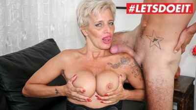 Mature Italian Granny Gets Rough Sex in Agency