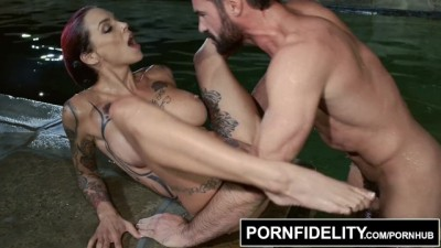 Pornfidelity - Charles and Anna Bell Peaks Fuck The Neighbors Pool