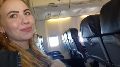 I couldn't wait anymore! I loves sucking cock on a public plane
