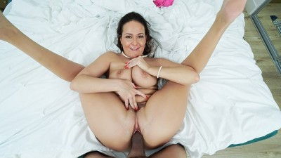 Perv Mom - Busty Cougar Gets Horny For Step Nephew
