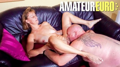 Amateur Euro - Skinny Mature Housewife Cheats On Hubby With Horny Friend