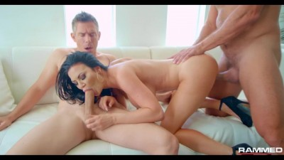 British Mature Jasmine Jae Face Fucked DP
