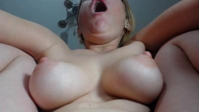 Big Tit Camgirl Having Big Orgasm