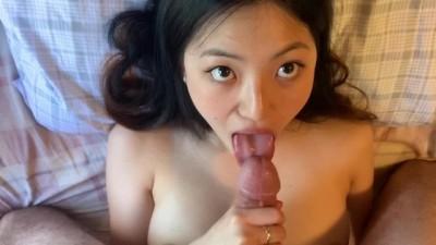 Asian Amateur Liliana Sensual Blowjob