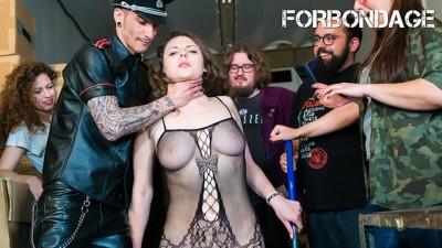 CrowdBondage - Hottie Sofia Curly Opened BDSM Session