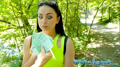 Public Agent Kittina Clairette gets Risky Fucked in Outdoor for Cash