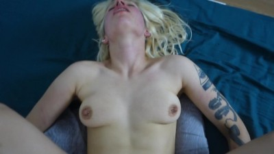Sexy babe just wants ANAL