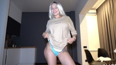 Beautiful Teen Alice makes her Fan Happy - Alice Redlips