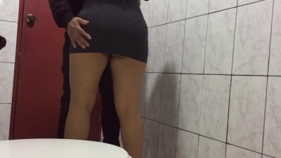 Hard Risky Sex of Young People in the Bathroom of the University - Cindy hot star